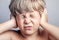 У ребенка болят уши