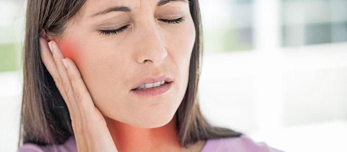 горло болит насморк