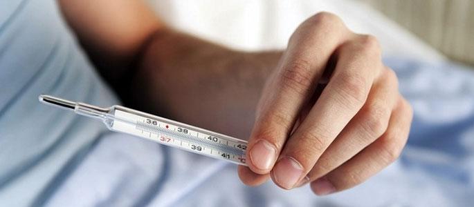 Температура при отите у детей и взрослых, сколько держиться, нужно ли сбивать?